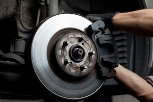 3 Signs Your Car's Brake Pads Are Wearing Out